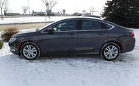 2016 Chrysler 200 Limited FWD, Cloth, Uconnect, Remote Start