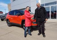 Merci à Mme. Josée Plourde pour l'achat de son magnifique Jeep Compass Trailhack orange brulé.