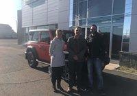 Merci à Danny Sirois et Marie-eve Côté,  pour leur Jeep Wrangler 2019 orange citrouille  un bel été en vue dans leur magnifique véhicule! Bonne route.