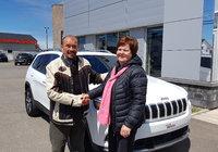 Félicitation et merci à Mme Jacqueline Ouellet pour l'achat de son nouveau Jeep Cherokee Ltee 2019