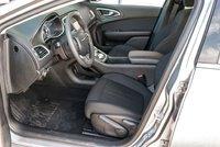 2015 Chrysler 200 LX  PRIX LIQUIDATION! RÉSERVÉ!