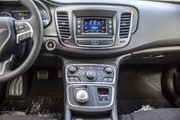 Chrysler 200 LX 2016