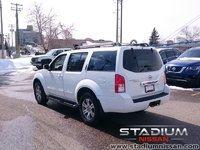 2011 Nissan Pathfinder SV