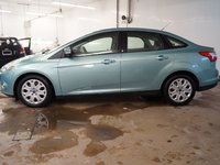 2012 Ford Focus SE LOW KM'S...MP3, KEYLESS ENTRY, A/C