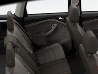 2016 Ford Escape SE | Photo 2 | Medium Light Stone Leather