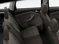 2016 Ford Escape SE | Photo 2 | Medium Light Stone Cloth