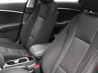 2016 Hyundai Elantra GT L | Photo 1 | Black Cloth
