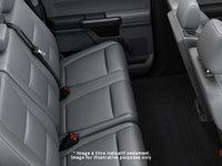 2017 Ford Chassis Cab F-550 XL | Photo 2 | Medium Earth Grey Cloth