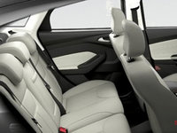 2017 Ford Focus Sedan TITANIUM | Photo 2 | Medium Soft Ceramic Leather