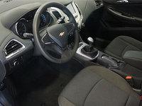 2018 Chevrolet Cruze L | Photo 1 | Jet Black Cloth
