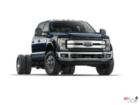 2018 Ford Chassis Cab F-550 LARIAT | Photo 3 | Blue Jeans