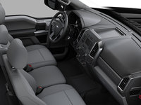 2018 Ford Chassis Cab F-550 XLT | Photo 1 | Medium Earth Grey Cloth Split Bench (3S)