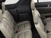 2018 Ford Explorer XLT | Photo 2 | Medium Stone Leather  (BL)