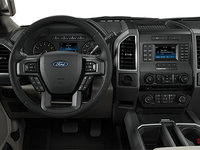 2018 Ford F-150 XLT   Photo 3   Medium Light Camel Cloth Bucket Seats (UC)