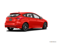 2018 Ford Focus Hatchback SE | Photo 2 | Hot Pepper Red Metallic