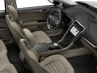 2018 Ford Fusion SE | Photo 1 | Medium Light Stone Leather (BQ)
