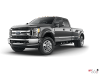 2018 Ford Super Duty F-450 XLT | Photo 3 | Magnetic