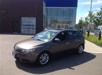 2011 Kia Forte5 EX w/Sunroof ECONOMICAL/CLEAN/TEST DRIVE TODAY