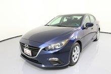 Photo 2015 Mazda Mazda3 0.9% Financing. STYLISH!