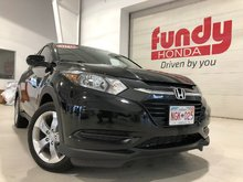 2016 Honda HR-V LX w/heated front seats, rear view cam