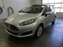 Ford Fiesta S NEUF 2015