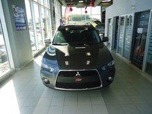 Mitsubishi Outlander LS 2010