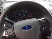 2016 Ford Explorer XLT   Photo 16