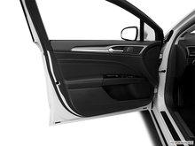 2016 Ford Fusion Hybrid TITANIUM | Photo 2