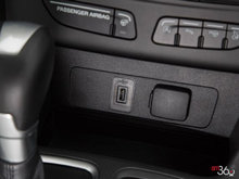2017 Ford Escape TITANIUM   Photo 12