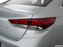 2018 Hyundai Sonata LIMITED | Photo 5