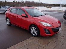 2011 Mazda 3 GX! Fully Reconditioned! New MVI! GX! Fully Reconditioned! New MVI!