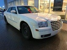 Chrysler 300 TOURING*V6*3.5L*NOUVEAU+PHOTOS A VENIR* 2009