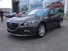 Mazda Mazda3 **RÉSERVÉ**GX,, A/C, GROUPE ELECTRIQUE 2015 JAMAIS ACCIDENTÉ, UN SEUL PROPRIÉTAIRE