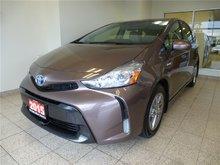 2015 Toyota Prius v LUXURY PKG