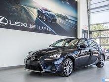 2017 Lexus IS 300 AWD Taux à compter de 1.9%