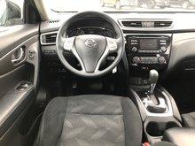 2015 Nissan Rogue S AWD Low Kms..AWD..Heated Seats..Bluetooth..Backup Cam..Sat Radio..Roof Luggage Rails..Sleek Style!!