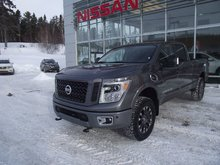 Nissan Titan XD PRO-4X LUXE 2017