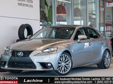 2016 Lexus IS 300 AWD IMPECCABLE! AWD! FULLY EQUIPPED! CAMERA! LEATHER! GPS! BLUETOOTH! MAGS! SUNROOF! LOW MILEAGE!