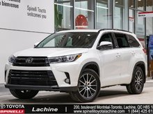 2017 Toyota Highlander SE - AWD **IMPECCABLE** FULLY EQUIPPED! BACK UP CAMERA! GPS! LEATHER! BLUETOOTH! MAGS! SUNROOF!