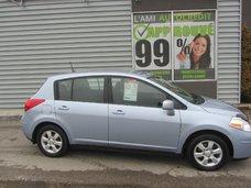 Nissan Versa  2011 TRES PROPRE