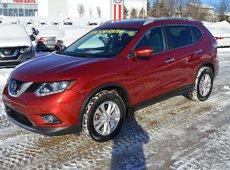2015 Nissan Rogue SV AWD TOIT PANO SIEGES CHAUFFANTS CAMERA RECUL