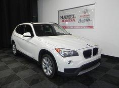 BMW X1 AWD + TOIT 2013