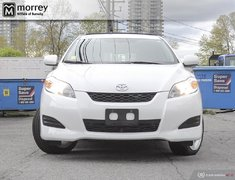 2010 Toyota Matrix XR AWD LOW KMS AUTOMATIC 2 SETS OF TIRES!