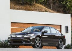 2016 Honda Accord: Always a Winning Choice - 1