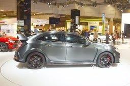 Honda Surprises Paris with a New Civic Type R - 7