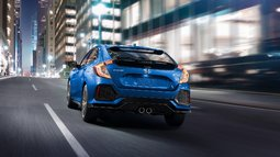 The sporty and practical 2017 Civic Hatchback is coming to Montreal, Quebec - 4