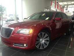 Chrysler 300 300S toit pano mags 20po CUIR 2012