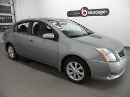 Nissan Sentra 2011 2.0S / JANTES / GR. ELECTRIQUE AVEC A/C / TELEDEVEROUILLAGE / ENTREE AUX / SIEGES ARRIERES RABATTABLES