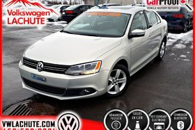 2011 Volkswagen Jetta HIGHLINE + !! NO CARPROOF !! + CUIR + TOIT +