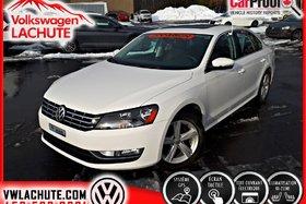 Volkswagen Passat V6 COMFORTLINE + 3.6 L + !! 14, 106 KMS !! + NAV + 2015
